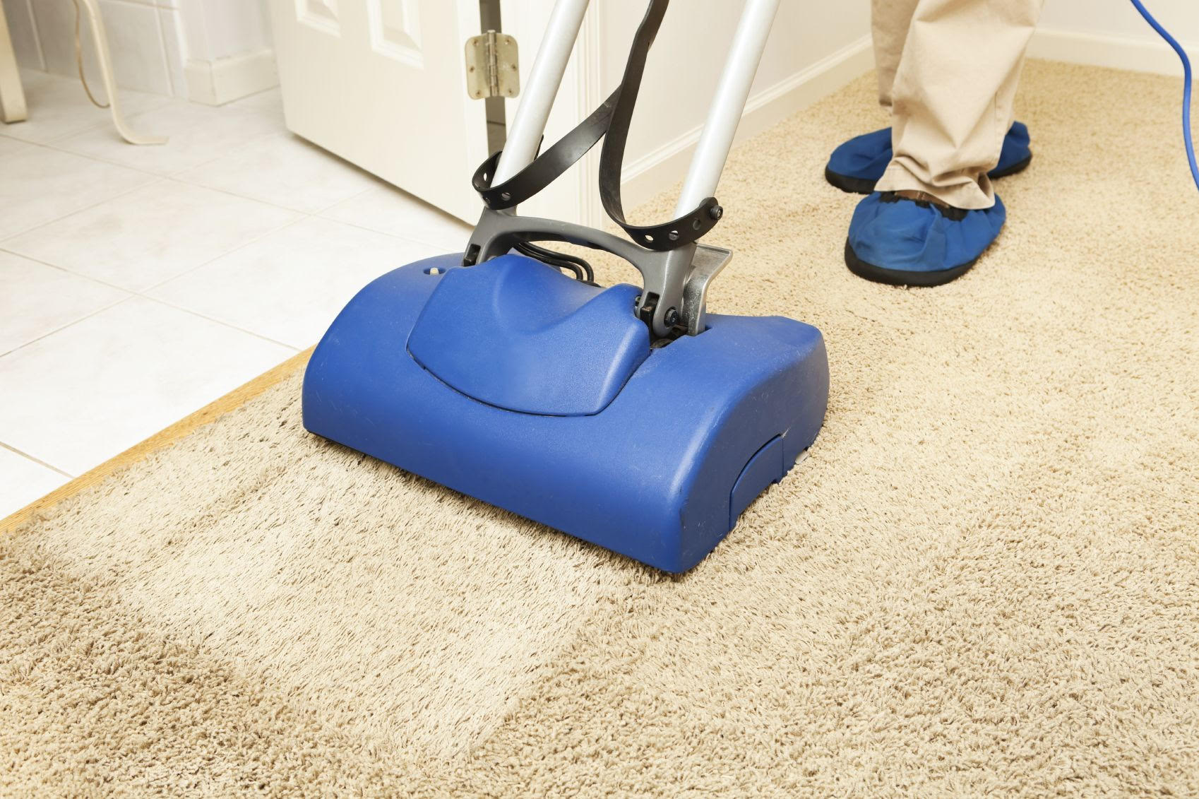 Why You Need To Dry Clean Your Carpet From Professional Cleaners?